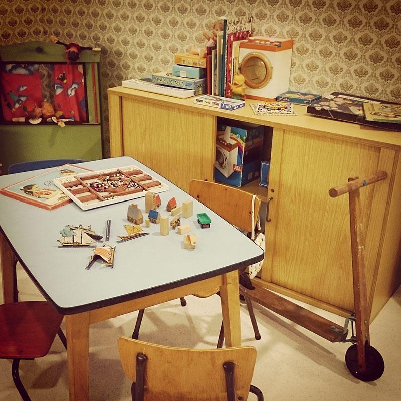 ausstellung-40-jahre-ddr-kindergarten-spielecke